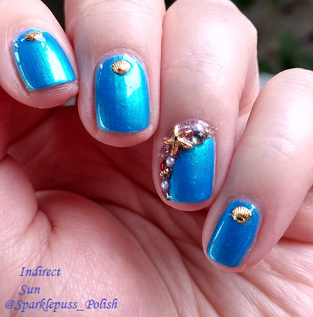 Blue Macaw by Parrot Polish with nail art 1