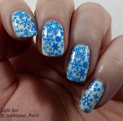 Born Pretty 31700-8 with snowflakes